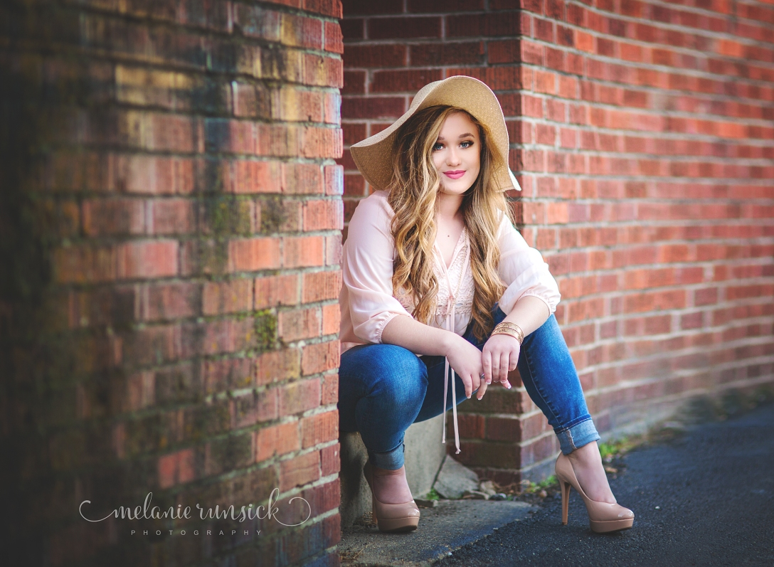 Jonesboro Arkansas High School Senior Photographer Melanie Runsick Photography Valley View High School Senior Photographer