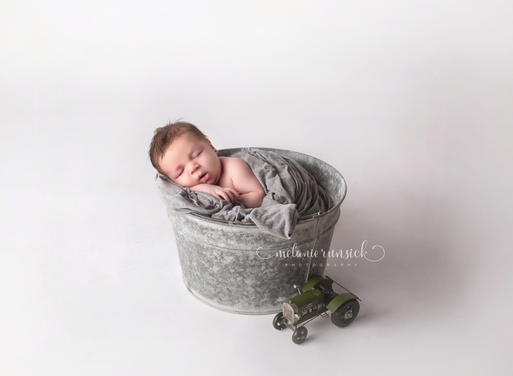 Melanie Runsick Photography Newport Arkansas Newborn Photographer In Studio Newborn Portrait Session