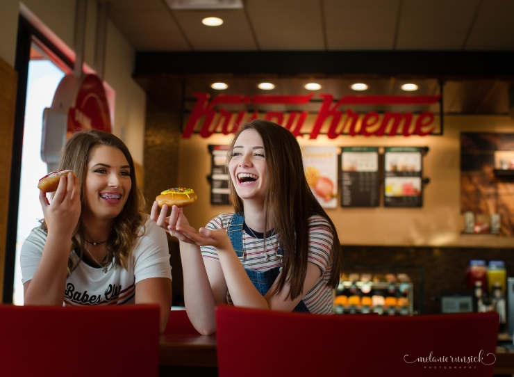 Senior Best Friend Session Krispy Kreme Jonesboro AR Northeast Ar Senior Photographer Melanie Runsick